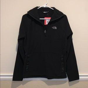 NWT North Face 1/4 zip fleece pullover